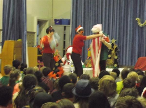 Santa and the naughty elves visit Park!