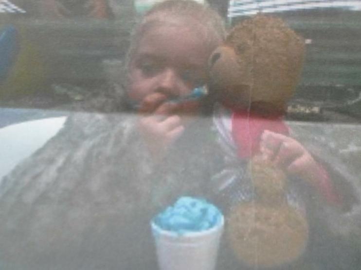 I'm eating bubble gum ice cream! Yum yum!
