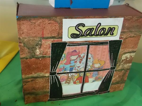 Enter the salon...