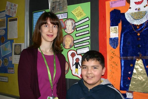 Mrs P Lomas-Teaching Assistant