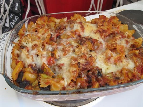 Roasted veg pasta bake