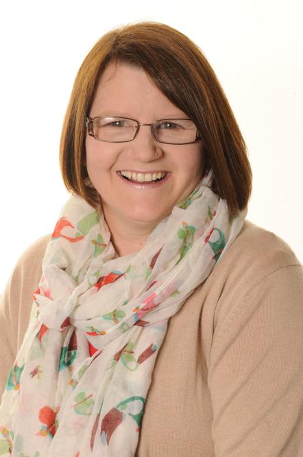 Mrs S Evans - Lunchtime Supervisor