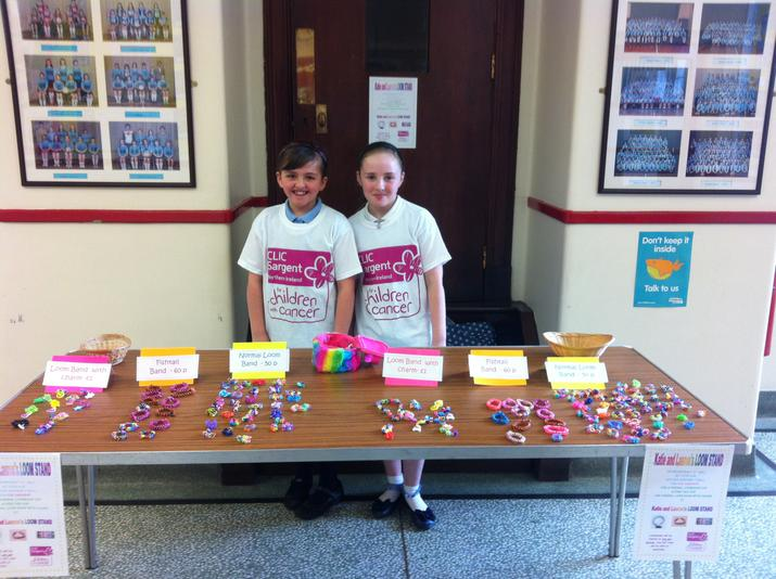 Katie and Lauren ready for the crowds