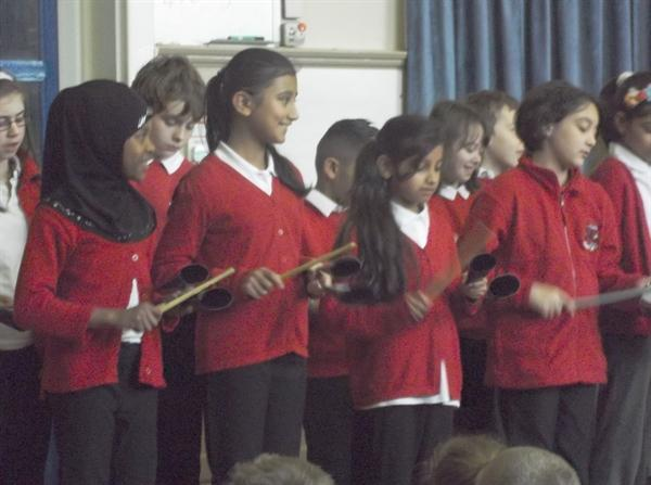 5CR give their Samba Presentation