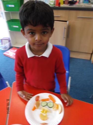Making fruit faces during Healthy Schools week