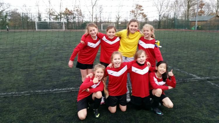 2014/15 Girls Football Team