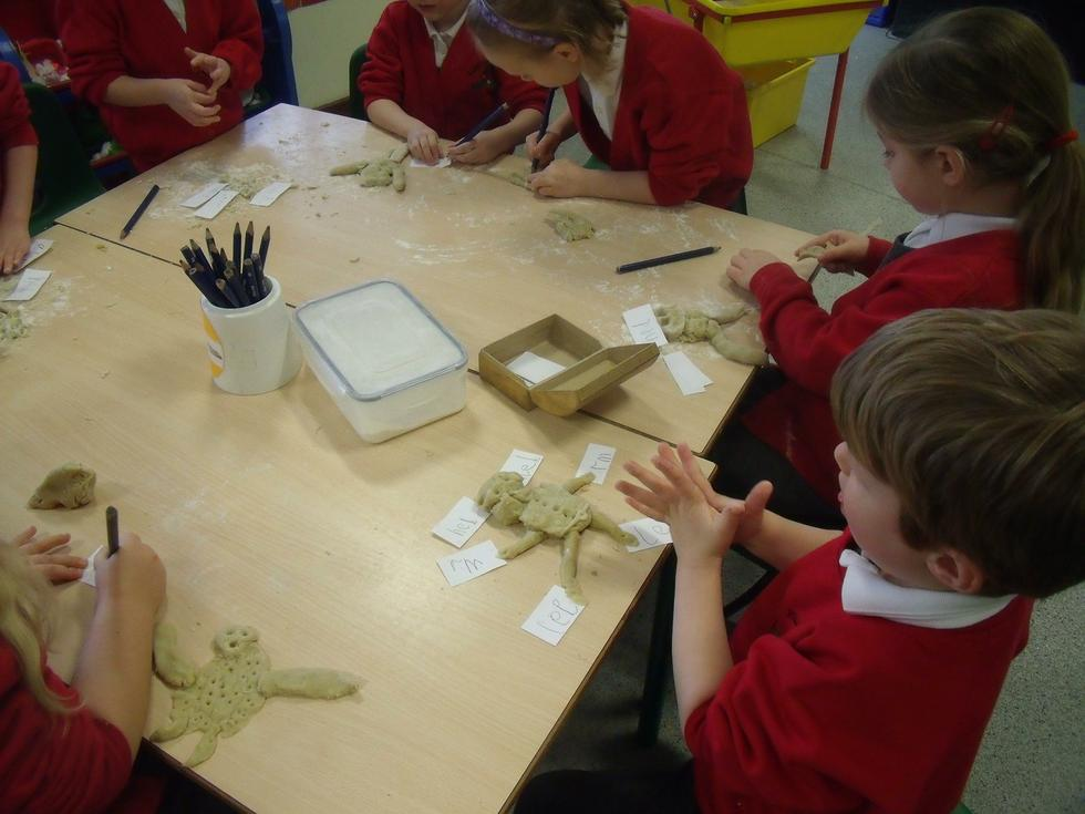 Labelling Jack and the Beanstalk characters
