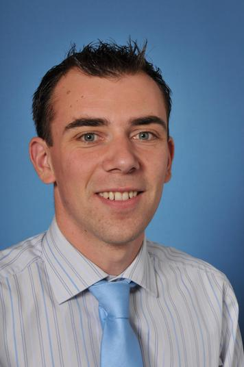 Mr Craig Bradley