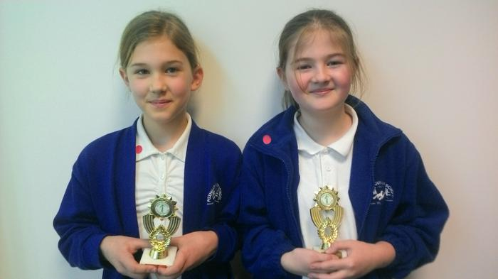 Elise (5CK) and Inas (5SM) - Gymnastic trophies