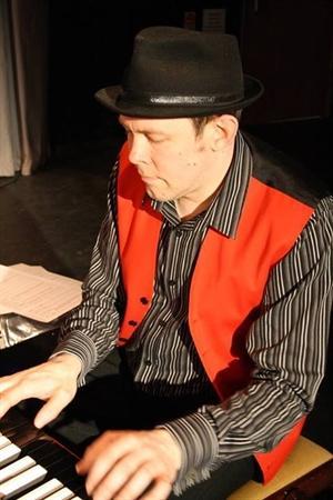 Mr L Wade - Music Teacher