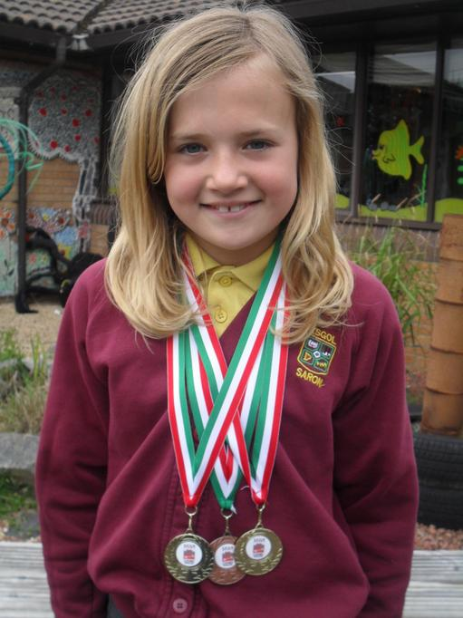 GOLD - Fastest Primary School Girl